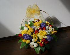 Poveste de primavara #aranjament #flori #artificiale #floriartificiale #decoratiuni #cadou #unicat #flowerstagram www.beatrixart.ro