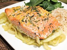 Roasted Salmon With Fennel and Orange Zest: Pairing citrus with fish makes for one refreshing meal. A YumSugar reader shared this delicious-looking recipe for roasted salmon with fennel and orange zest.