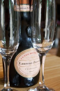 The Halfway Laurent Perrier, Halfway House, Drink Me, Sparkling Wine, Yummy Drinks, Wine Glass, Champagne, Rose, Christmas