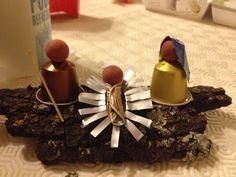Presépio nespresso                                                                                                                                                                                 Mais Nativity Crafts, Christmas Nativity, Christmas Crafts, Christmas Decorations, Coffee Pods, Merry Xmas, Christmas Inspiration, All Things Christmas, Food