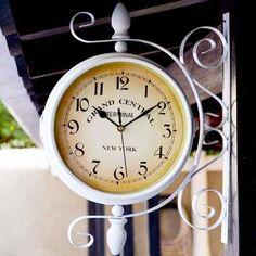 f761039feb6 Relógio De Parede - Estaçã Dupla Face Vintage Retrô - Lindo