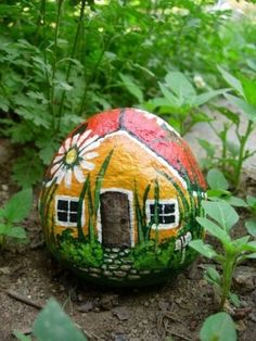 (Painted Rock) Ladybug House or we could paint fairy houses! Rock Painting Ideas Easy, Rock Painting Designs, Paint Designs, Painting Patterns, Pebble Painting, Pebble Art, Stone Painting, Painting Art, House Painting
