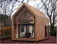 billige h user klein aus holz interessantes dach garten pinterest tiny houses house and. Black Bedroom Furniture Sets. Home Design Ideas