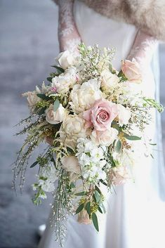 30 Prettiest Small Wedding Bouquets to Have and to Hold - - Your wedding bouquet must accent your bridal style. Look at the small wedding bouquets they are more comfortable for holding and doesn't lock wedding dress. Wedding Bouquets Pictures, Cascading Wedding Bouquets, Summer Wedding Bouquets, White Wedding Bouquets, Wedding Flower Arrangements, Bride Bouquets, Bridal Flowers, Floral Wedding, Red Wedding