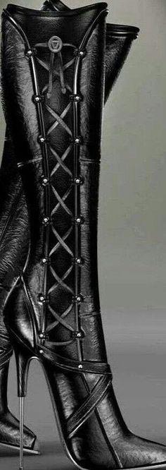 Sagitta boots