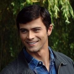 John Winchester.. Younger, Hotter, Lover :)