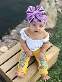 Light Pink Over the Top Headband Bow,Infant Toddler Big Pink Bows,Baby Bows and Headbands,Over the Top Bows,School Uniform Bows Pink Clip [. Baby Girl Fashion, Toddler Fashion, Kids Fashion, Fashion Tips, Little Babies, Cute Babies, Baby Kids, Beautiful Little Girls, Beautiful Babies