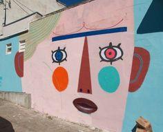 by Rodrigo Branco in São Paulo Sand Art, Alternative Art, Public Art, Sidewalk Art, Art Rules, Graffiti Art, Art Movement, City Art, Street Art
