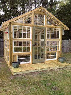 My Shed Plans - Green house made using old windows - Now You Can Build ANY Shed In A Weekend Even If You've Zero Woodworking Experience! Diy Greenhouse Plans, Backyard Greenhouse, Greenhouse Wedding, Old Window Greenhouse, Cheap Greenhouse, Portable Greenhouse, Greenhouse Growing, Pergola Plans, Pergola Ideas