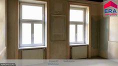 Sanierungsbedürftige 3-Zimmer-Wohnung in Bestlage des 2. Bezirks Windows, Mirror, Furniture, Home Decor, Real Estates, Decoration Home, Room Decor, Mirrors, Home Furnishings