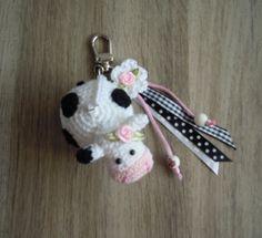 Bizzy Bee Klaske crochet key chain