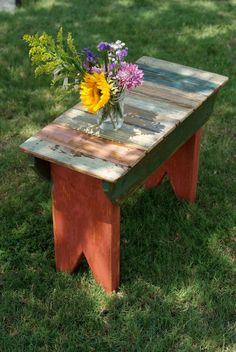 Garden table (or bench) made with old pallets