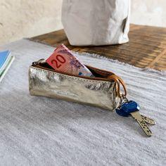 Schlüsseletui aus organischer Cellulose mit Reissverschluss, metallisch gold glänzend, von Hand waschbar (Uashmama) Gold, Gifts For Women, Special People, Yellow