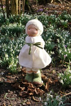 Fabrique Romantique-Waldorf dolls: Chloë, happy among the snowdrops