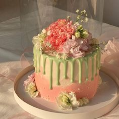 Pretty Birthday Cakes, Pretty Cakes, Beautiful Cakes, Amazing Cakes, Beautiful Life, Beautiful People, Pastel Cakes, Frog Cakes, Cute Baking