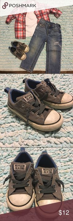 Kids 'no tie' converse size 10 Kids 'no tie' converse size 10. Usual kids wear, but in very good shape. I will bundle all items in the picture, but I'm listing them separately for now. Converse Shoes Sneakers