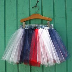 super cute!  I wish my daughter was still into skirts...or anything girly.  :/