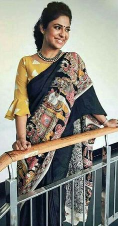 Love the kalmkari Palla & the drama around blouse