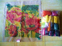Kit coussin point noué fleurs avec les fils en la laine acrylique : Kits et tutoriels Home Déco par ninita