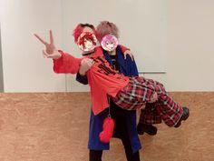 """さとみちゃん🐱第五人格 on Twitter: """"りぬわん大阪にゲストでおじゃましてきたよ〜サプライズ〜🐱✨  りいぬに犬耳つけられました…  みんな幸せそうな笑顔でオレまで幸せもらってしまった😢  莉犬もみんなも最高だったよ!  ありがとう🐱💓… """" Prince, Anime Art, Singer, Strawberry, Twitter, Sweetie Belle, Singers, Strawberry Fruit, Strawberries"""