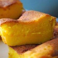 Resep Kue Bingka Telur Indonesian Desserts, Asian Desserts, Indonesian Food, Indonesian Recipes, Malaysian Dessert, Traditional Cakes, Biryani Recipe, Cake Cookies, Food And Drink