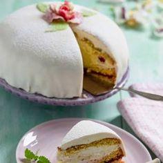 Prinsesstårta i långpanna - recept   Mitt kök Key Lime Pie Recept, Crunches, Vanilla Cake, Tart, Pudding, Desserts, Food, Tailgate Desserts, 6 Pack Abs