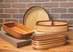 Routed Bowls   Woodsmith Plans - You can make great-looking wood bowls without turning or carving. A template and simple router accessories make it easy.  The greatest challenge to making bowls with a router is figuring out a way to make a deep enough cut to form the inside of the bowl. But the simple techniques shown in this article solve this problem and you'll be making beautiful bowls in no time.