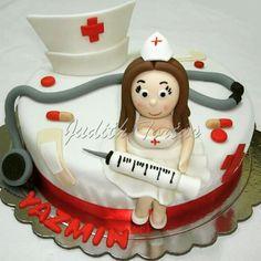 Torta enfermera, decorada y modelados con fondant.  Nurse cake 40th Cake, Nursing School Graduation, Fondant, Baby Shower, Cookies, Human Figures, Desserts, Erika, Retirement