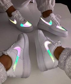 fresh shoes nike nike ,airforce ,sneaker ,schuhe The post So Fresh appeared first on beste Schuhe. Source by melinahubjer outfits aesthetic Cute Sneakers, Best Sneakers, Sneakers Fashion, Sneakers Nike, Cute Nike Shoes, Nike Sandals, Shoes Trainers Nike, Fashion Outfits, Sneakers Workout