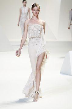 Elie Saab dress - pretty!