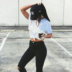 Image result for summer baseball hat girl tumblr Chicas Guapas 5f5742323c7