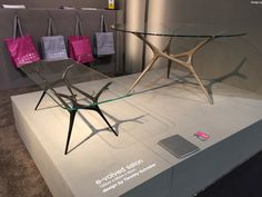 FueraDentro E-VOLVED modern European design table, in cast aluminium or stainless steel.
