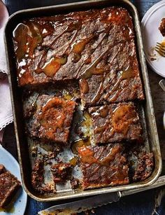 Sticky toffee pudding traybake