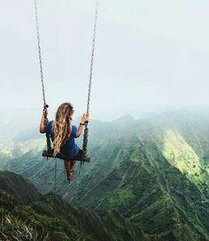 Au sommet de Haiku Stairs, Hawaï