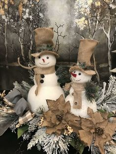 In this DIY tutorial, we will show you how to make Christmas decorations for your home. The video consists of 23 Christmas craft ideas. Christmas Snowman, Rustic Christmas, Vintage Christmas, Christmas Holidays, Christmas Wreaths, Primitive Christmas, Snowman Tree, Christmas Mantels, Christmas Projects