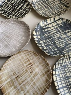 Plates by Lori Washburn via Flickr #tabletop #accessories #jpwarreninteriors