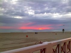 En ruta, en casa; Sunset Victoria Beach, Cádiz