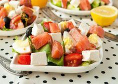 Recipe salad with salt pink salmon