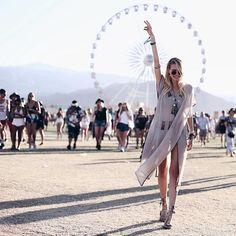Leonie Hanne - Coachella-ella-ella day I. Summer Fashion For Teens, Summer Fashion Trends, Summer Fashion Outfits, Rave Outfits, Boho Fashion, Festival Outfits, Festival Fashion, Festival Style, Festival Wear