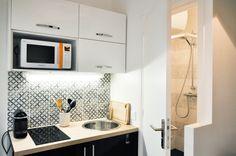 mini cozinha (branco, preto e cinza)