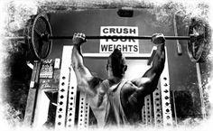 5 effektive Tipps für Bodybuilding Anfänger. Wie sieht der optimale Trainingsplan aus, wie kann man Verletzungen beim Bodybuilding vorbeugen? Gerade Bodybuilding Anfänger sollten auf eine korrekte Übungsausführung achten und Dehnungs- und Kräftigungsübungen für die Rotatorenmanschette mit einbauen.
