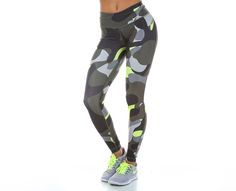 brand new 26ac8 f5cdb 72 Best Fitness look images   Nike store, Workout clothing, Workout ...