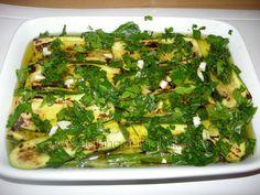 Zucchine alla piastra condite con olio, aglio, sale e prezzemolo: Contorno Estivo e Freschissimo! | LaLuna dei Golosi