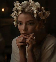 Hogwarts, Emma Woodhouse, Emma Jane Austen, Black Sisters, Anya Taylor Joy, Pride And Prejudice, Lady And Gentlemen, Beautiful Actresses, Beauty And The Beast