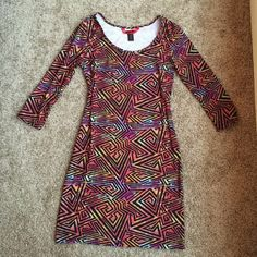 Colorful 70s Inspired Bodycon Dress! Psychedelic colors! Super soft! Size M. Has some stretch to it!! Dresses