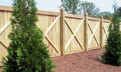 Cross frame wood privacy fence design by Mossy Oak Fence Company in Orlando & Melbourne, FL Wood Privacy Fence, Privacy Fence Designs, Wood Pergola, Backyard Pergola, Fence Gate, Wood Fences, Fencing, Pergola Plans, Backyard Ideas