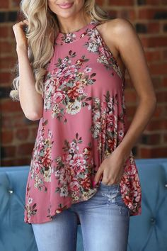 Crop Top Und Shorts, Crop Top Et Short, Sleeveless Outfit, Ladies Dress Design, Casual Tops, Spring Outfits, Blouse, Plus Size Fashion, Floral Tops
