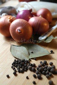 Σουπιές στιφάδο ⋆ Cook Eat Up! Sea Food, Onion, Vegetables, Onions, Vegetable Recipes, Veggies