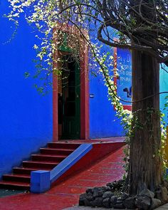 Frida Kalo House museum, Mexico City, Mexico--this color looks good w/ the red brick (i.e., the porch)