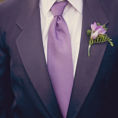 Purple wedding suit and tie Purple And Silver Wedding, Purple Wedding Bouquets, Wedding Flowers, Purple Boutonniere, Boutonnieres, Wedding Gown Ballgown, Trendy Wedding, Wedding Ideas, Wedding Stuff